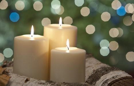 Tres velas blancas
