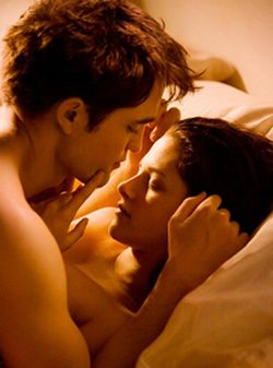 Robert Pattinson y Kristen Stewart, 6 y 5